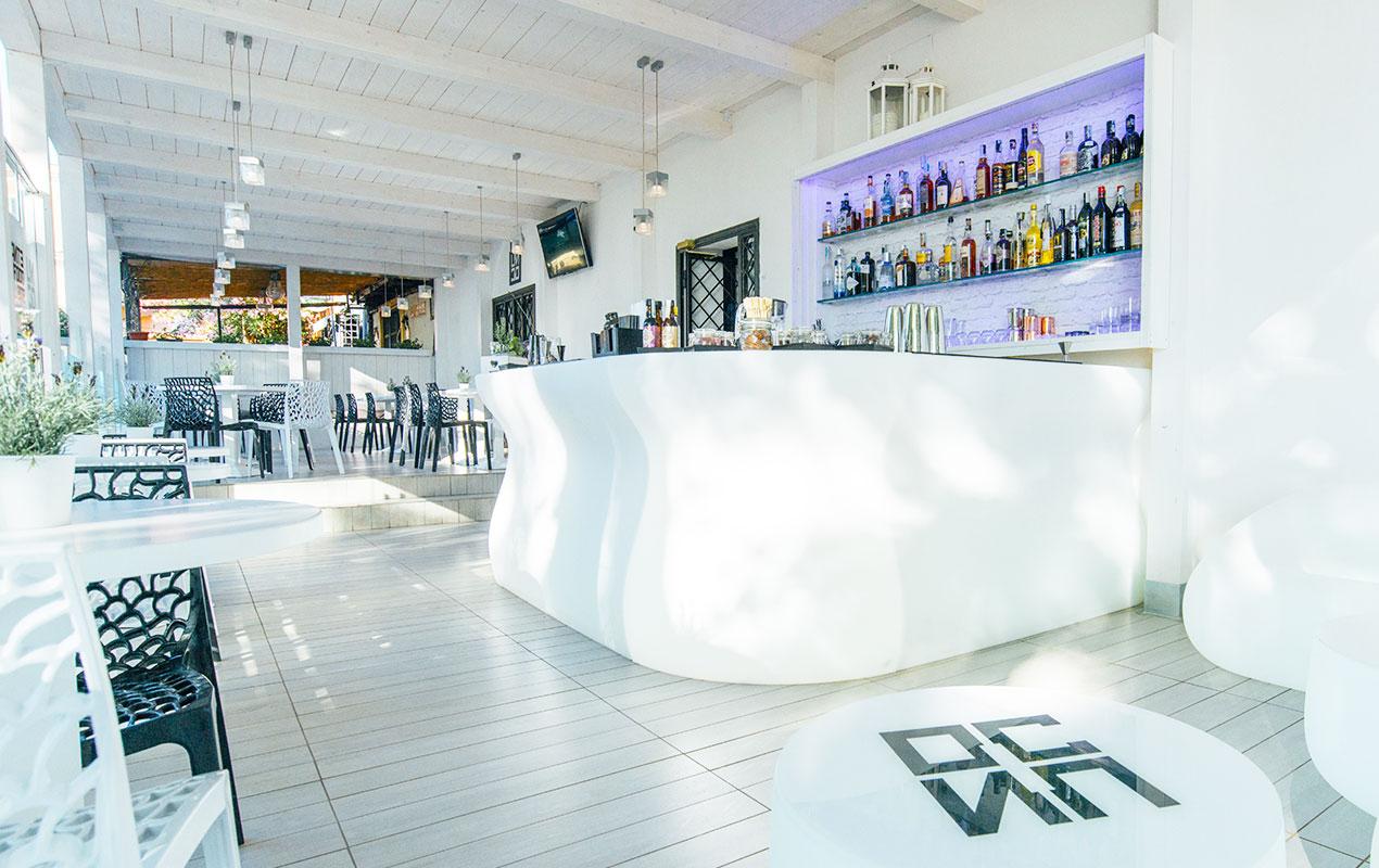 Unico è il nuovo locale a grottaferrata per aperitivo, cena e dopocena.